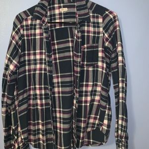 Hollister flannel size small